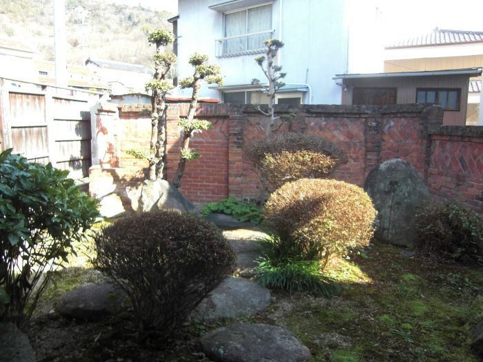 北側の坪庭